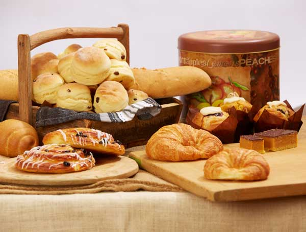 4 Last-Minute Snacks to Make after Getting Bread from Bakers Wholesale Melbourne